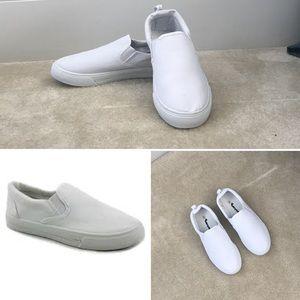 NEW Women's Sz 8 White Dual Gore Slip On Sneakers